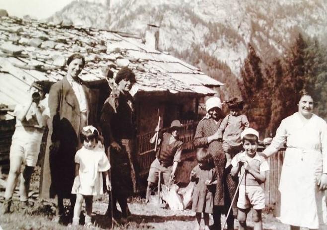 La famiglia di Jan Buro a Valbona